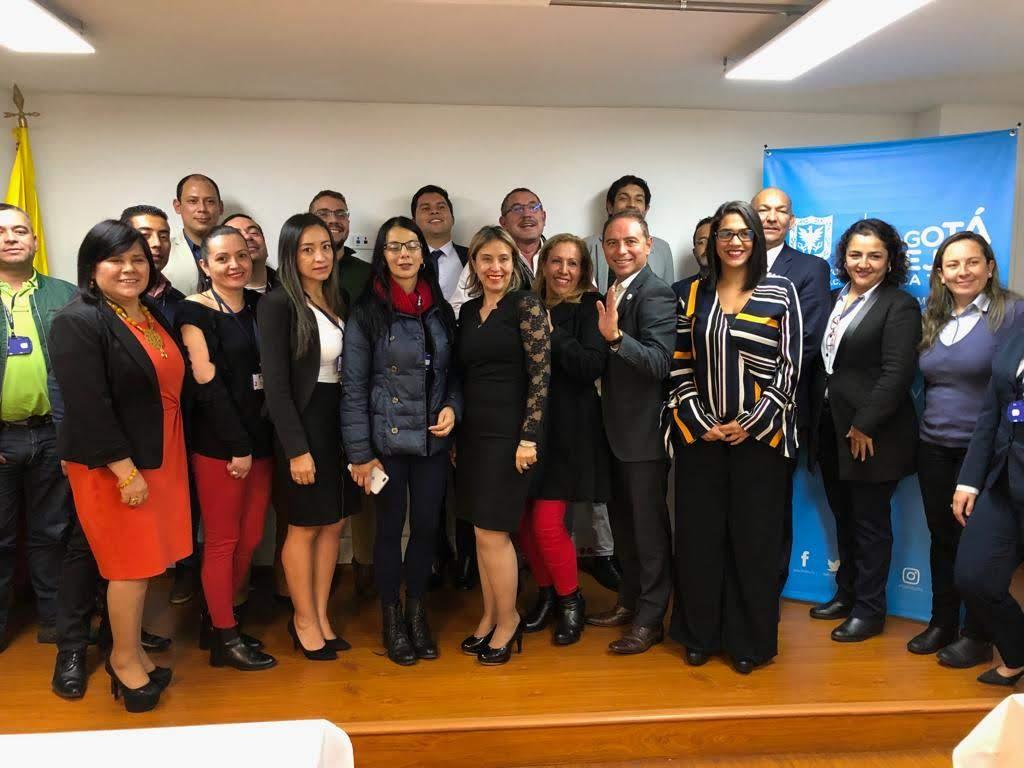 Reunión con la directora IDRIPON – Participantes la Supervigilancia, Empresas de Seguridad y Académicas de Vigilancia