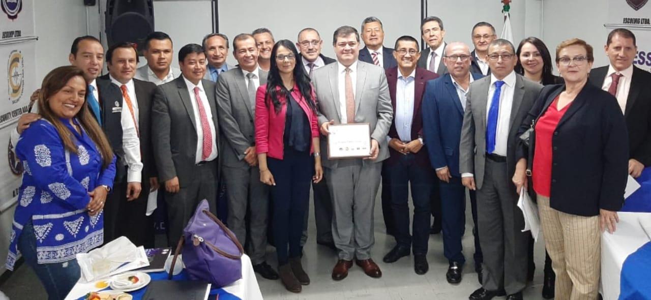 Reunión con el Superintendente de Vigilancias Doctor Orlando Clavijo y el gremio de ACASEP – Academias de Vigilancia
